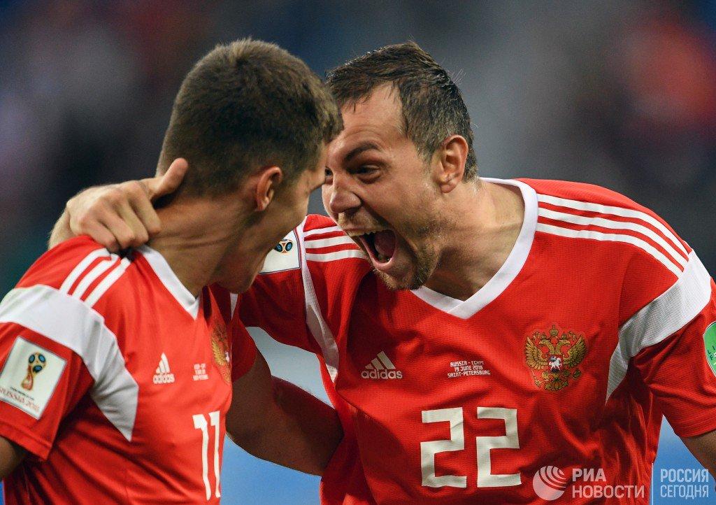 Россия обыграла Египет и досрочно вышла в 1/8 финала
