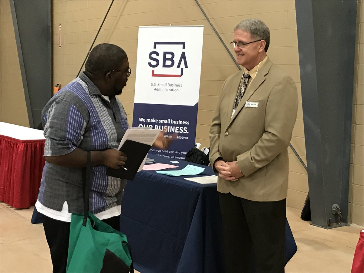 Sean Smith, one of our business opportunity specialist, at the Procurement Matchmaking event! <br>http://pic.twitter.com/Htazg40Uc7