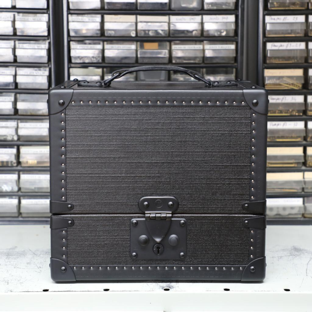 #LVMenSS19 A new beginning.   A trunk from #LouisVuitton Men's Spring-Summer 2019 Collection by @virgilabloh. Watch the show live June 21st here on Twitter and at https://t.co/uGj9lCoYnm