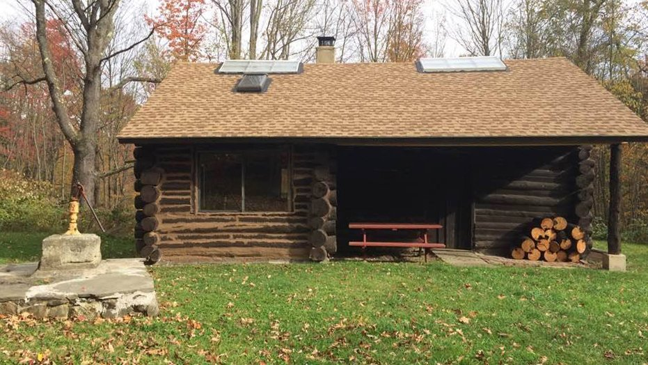 Tanya Hutchins On Twitter Great Rustic Cabin Rental Just