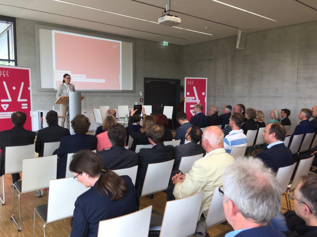 test Twitter Media - Staatsministerin Marion Kiechle gibt den Startschuss für die #InnovativeHochschule und die #HSAtransfer im Technologiezentrum Augsburg @HS_Augsburg #RegionA3 https://t.co/pNCi3OZuX1