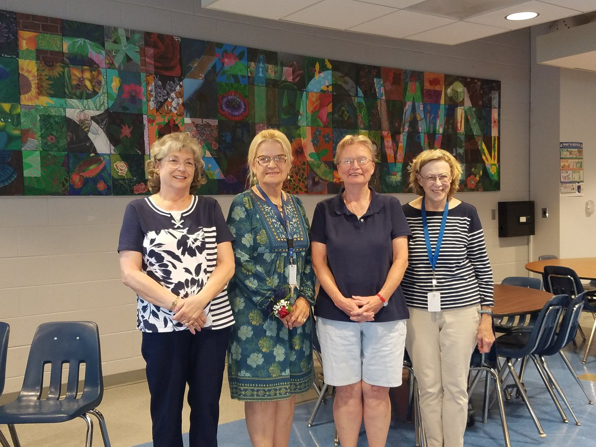 YHS celebrates our awesome staff who are retiring this year. <a target='_blank' href='http://twitter.com/YorktownHS'>@YorktownHS</a> <a target='_blank' href='http://twitter.com/Principal_YHS'>@Principal_YHS</a> <a target='_blank' href='http://twitter.com/YorktownSentry'>@YorktownSentry</a> <a target='_blank' href='http://twitter.com/APSVirginia'>@APSVirginia</a> <a target='_blank' href='https://t.co/5jIgTppLet'>https://t.co/5jIgTppLet</a>