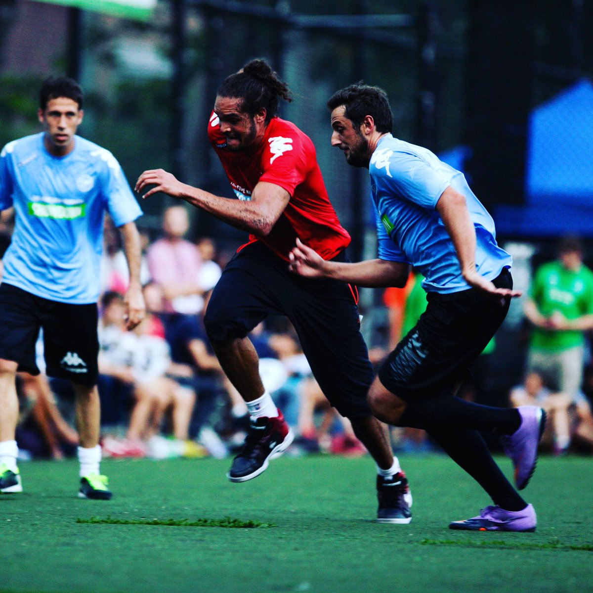 Our Showdown'ers go hard - 2013's @marcobelinelli + @JoakimNoah included! After the @FIFAWorldCup games tomorrow, come see Steve's #football + #NBA worlds collide at #SaraRooseveltPark for the @brfootball x @stevenash Fdn #ShowdownNY - don't miss it, #NYC! Stevenash.org/showdown