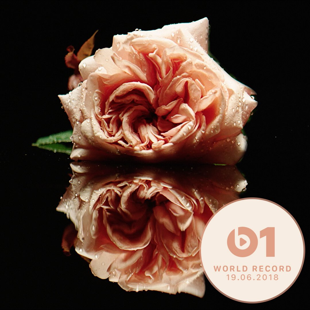 Today's #WorldRecord from @flo_tweet Florence + The Machine 'Big God' 👉🏼📲 LISTEN apple.co/_BigGod