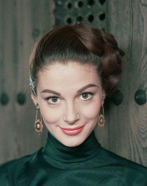 #OnThisDay, 1932, born # (Anna Maria ). Photo
