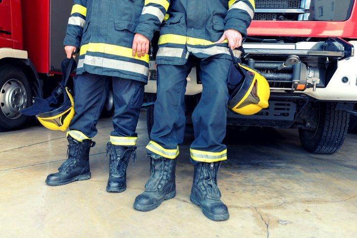 Deux pompiers suspendus pour avoir filmé des séquences #porno dans la caserne dans l'#Ohio via @SACNSNew
