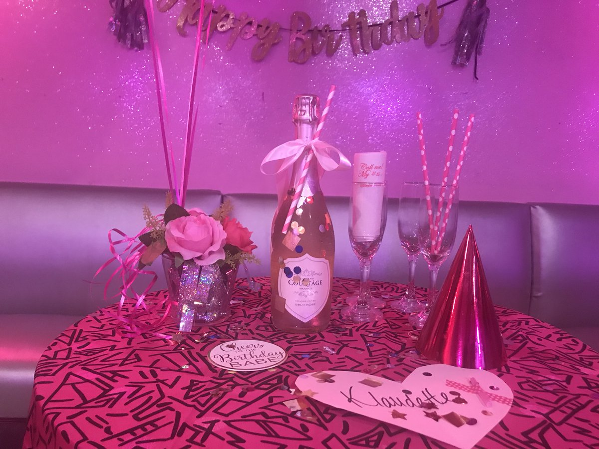 Celebrate your birthday with us💘 pkgs starting at $35! Message us for info☺️ https://t.co/kqbLDVCfyR