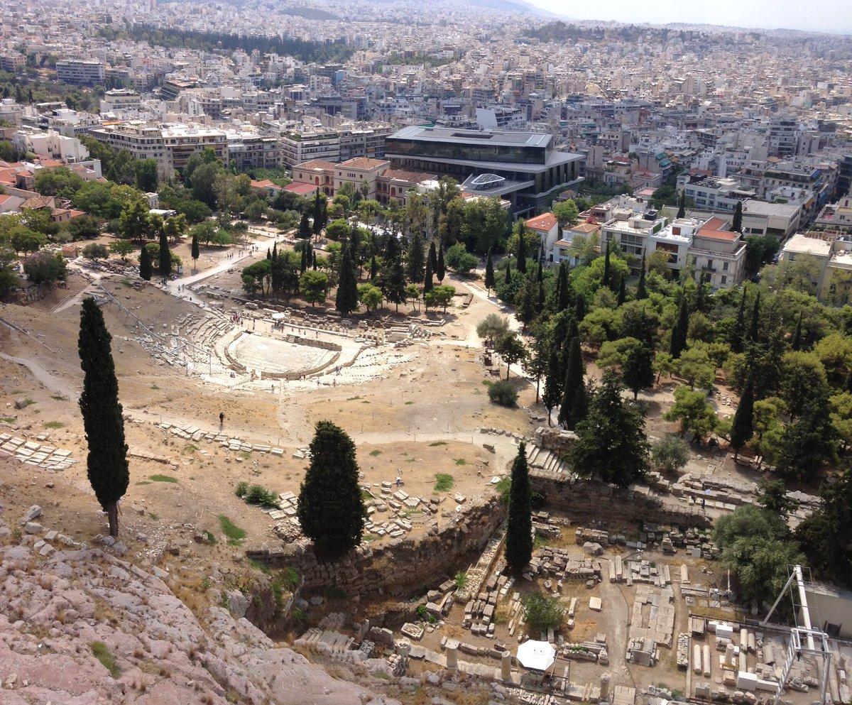P6 #BattlePhoto les gens sont tout petit depuis l'acropole d'Athènes  - FestivalFocus