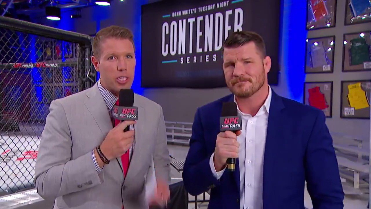One hour from going LIVE on @UFCFightPass!  @BrendanFitzTV and @Bisping breakdown the fourth bout of the evening. https://t.co/L9g6iuUeVS