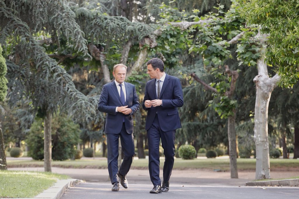 Good first meeting in Madrid @desdelamoncloa with PM @sanchezcastejon to discuss our #euco agenda next week. We can all learn from Spain how to handle illegal migration effectively.