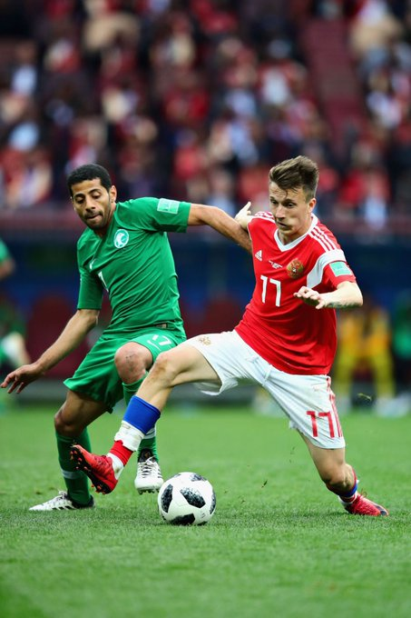 Aleksandr Golovin (22) and Joshua Kimmich (23) both completed 5 key passes against Saudi Arabia and Mexico respectively. Only Kieran Trippier • 6, vs Tunisia • completed more during match day one of the World Cup. #WorldCup Photo