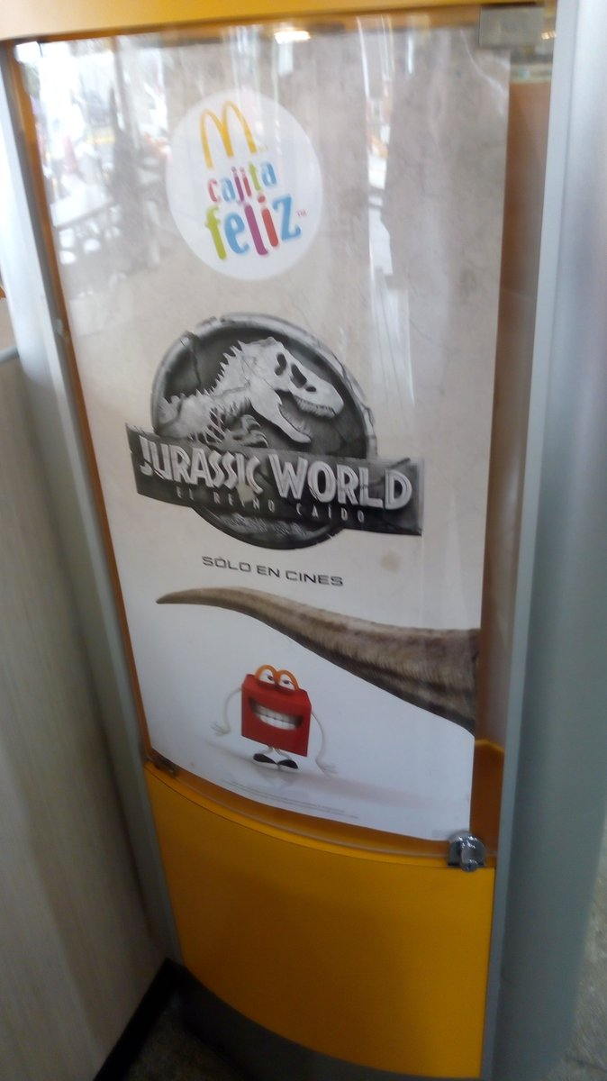 logo mcdonalds jurassic world