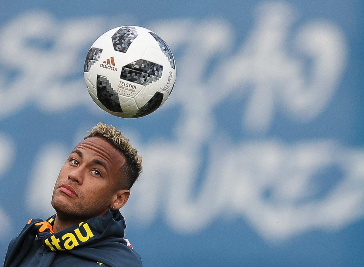 Neymar's got a fresh cut ✂️