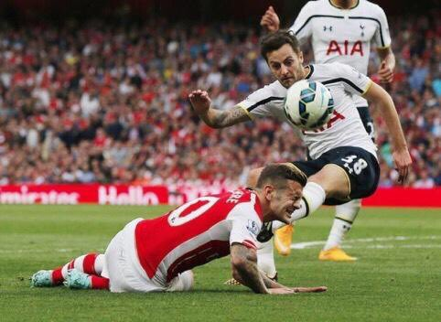 @RyanMason any chance of a RT to celebrate the career of Jack Wilshere? Good luck to him, right? #COYS<br>http://pic.twitter.com/38JUZNth2d
