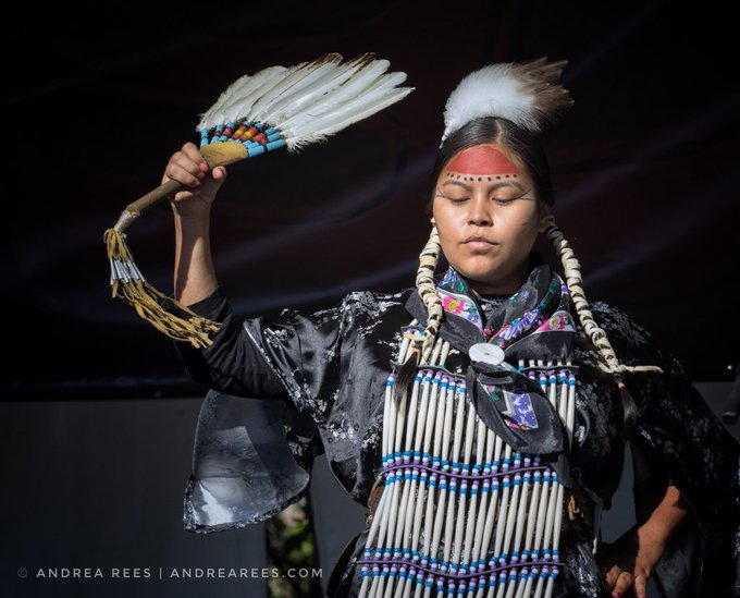 Learn about & celebrate the diverse cultures of the Inuit, First Nations and Métis people. June 21 is National Indigenous Peoples Day in Canada. Visit @IndigenousBC & @CAN_Indigenous for Indigenous tourism experiences. #TravelTuesday Photo