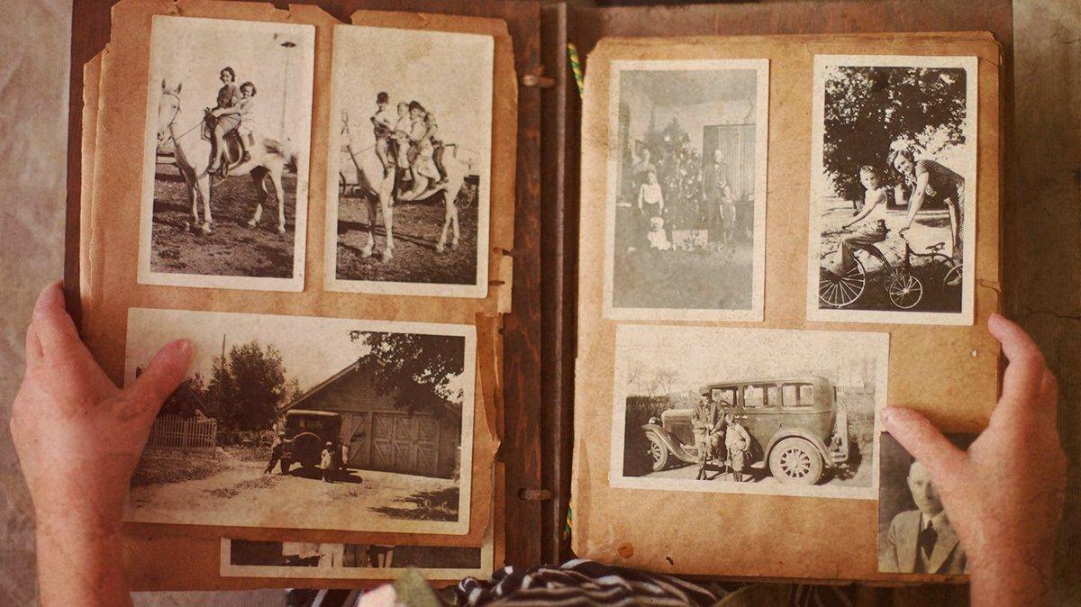 Parcourez les traces de vos ancêtres avant que le temps ne vous rattrape ⏳ #timeflies #famille #souvenirs https://t.co/KyDysCkovR