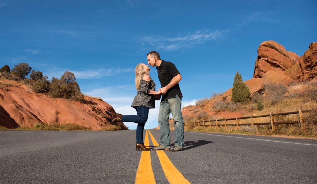 nomadic matt dating