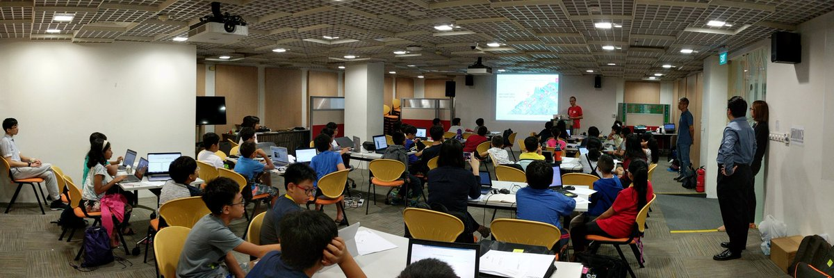 1st training session on Machine Learning for kids as part of code::XtremeApp contest. We are using Scratch with blocks that give access to IBM Watson. Thanks to @MLforKids for the heavy lifting. Red Hat is a proud sponsor of this year's CXA.pic.twitter.com/gbMHAJAynA