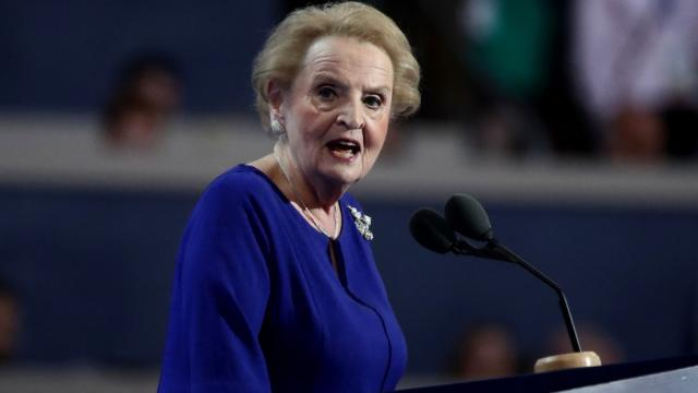 Madeleine Albright: Trump is 'fostering hate' by saying immigrants want to infest the US https://t.co/H9pQ3VDJUC https://t.co/VXYbRDzGFD