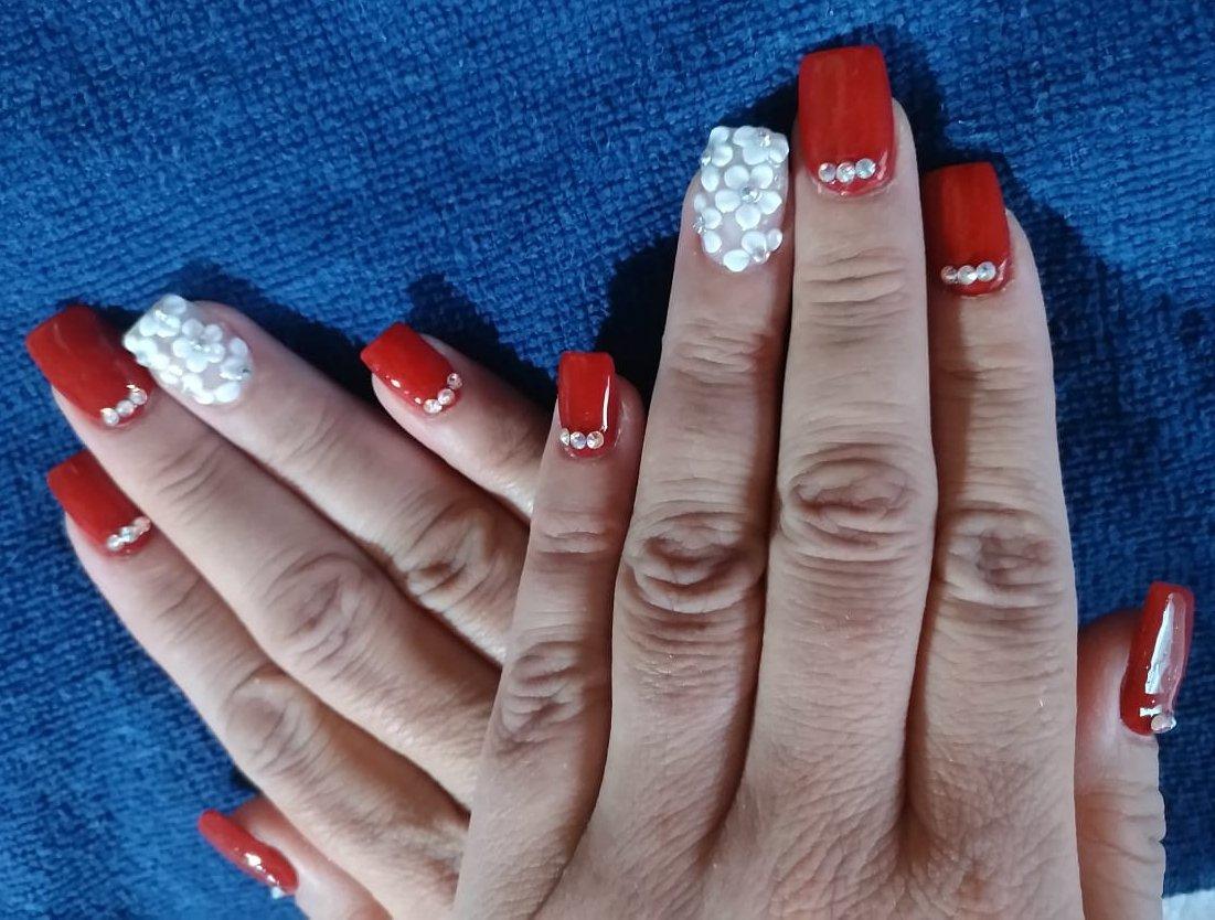 Uñas By Lidia On Twitter Nails Acrilic Red Piedras