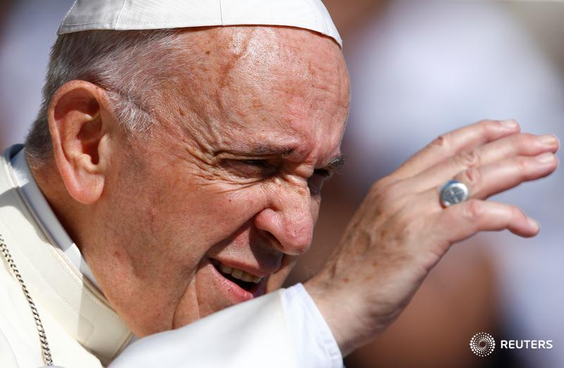 Exclusive - Pope Francis backs calls for the Trump administration to stop separating families at the Mexican border. https://t.co/HcR37g2xWF Via @PhilipPullella