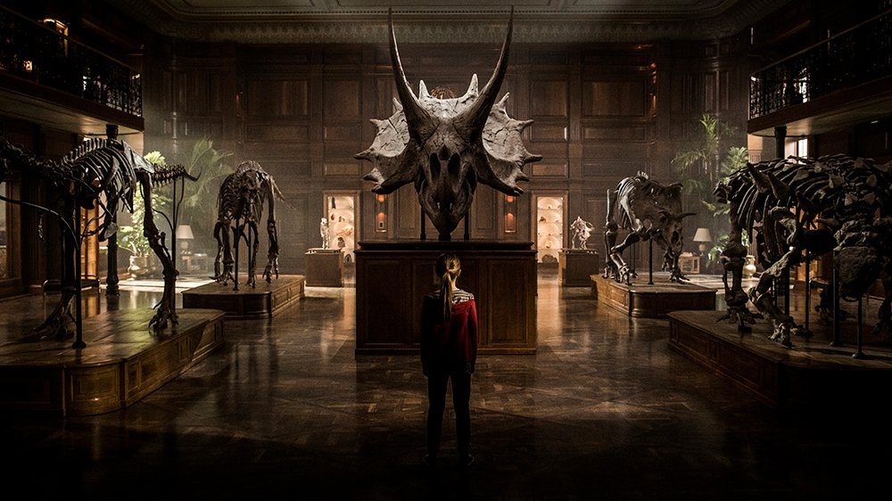 'Jurassic World: #FallenKingdom' is heading for a dino-sized $130 million launch https://t.co/8gxQ1zyvfM https://t.co/XmbcGewSfj