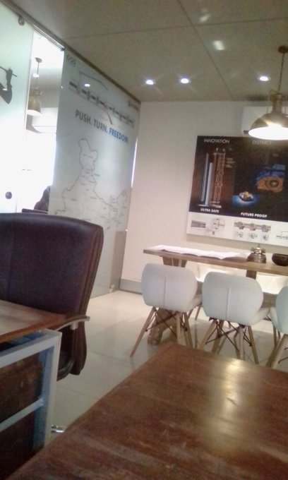Furniture Stylist Contracted Plastic Chairscoffee To Negotiate A Chair To Be Highly Praised And Appreciated By The Consuming Public Furniturecreative Fashion Modern Dining Room Chair Home Furniture