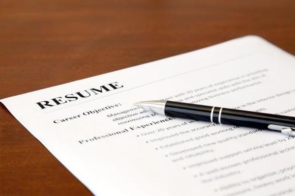 3 Resume Tips for Educators  https://www. careermetis.com/resume-tips-fo r-educators/ &nbsp; …  #personalbranding <br>http://pic.twitter.com/LLA2EUnVCy