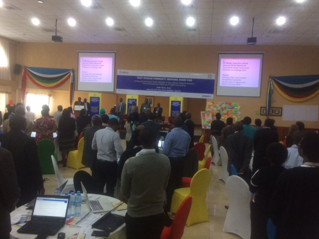 test Twitter Media - Standing ovation for a fabulous anthem swahili song for East African Community Regional Share Fair,Health knowledge management @jumuiya @USAIDKenya @USAIDGH @USAID @K4Health in #Uganda @NACC_Kenya https://t.co/dUDQYabFU5
