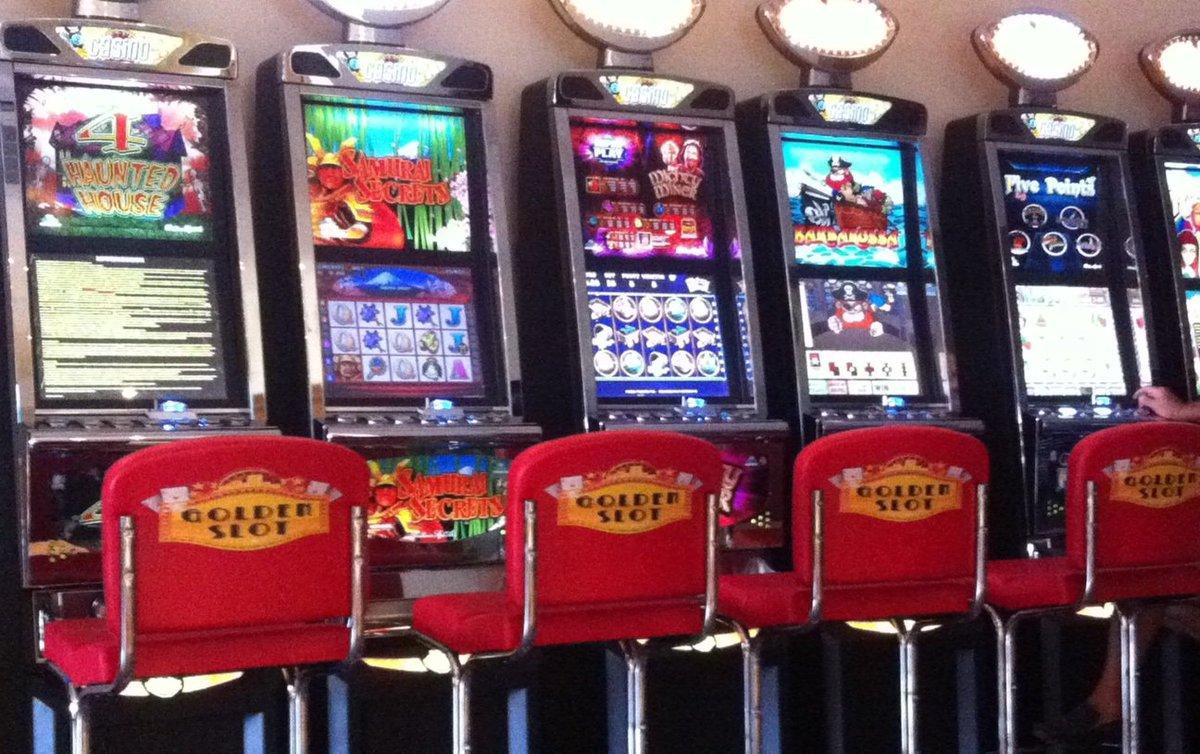 спин сити казино бонус 700 р