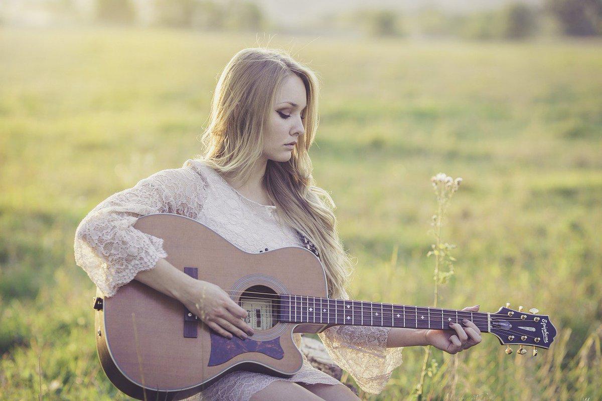 ¡Feliz #DiaMundialdelaMusica! Para celebrarlo, te proponemos este test. ¿Qué música escuchas de fondo?:  https://t.co/epyc0YADWw #DíadelaMúsica