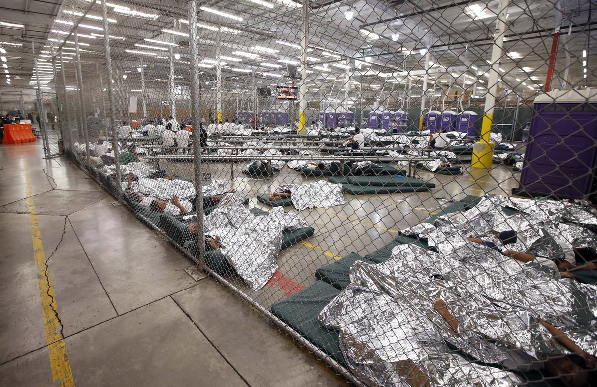 Remember this America? This is Barak Obama's encampment…. Is he a Nazi now too?<br>http://pic.twitter.com/O5dHTDD0gf