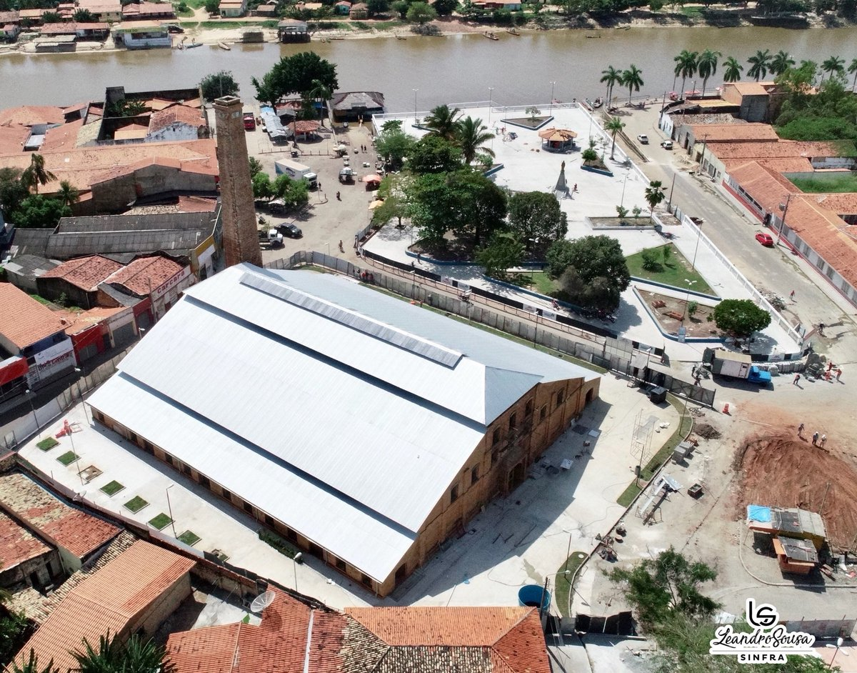 Essa é nova paisagem em Pindaré Mirim. Cidade ficou mais linda com a recuperação do Engenho e a construção da praça, às margens do Rio Pindaré. Em breve vamos inaugurar