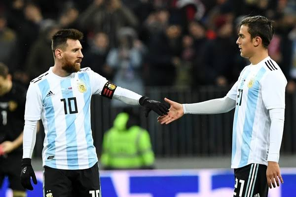 🎙️Paulo Dybala (Press Conference): Messi does not have any substitute here, in Barcelona or anywhere in the world. So obviously I think we could work together. I used to play in the same position he plays and lately I have been used to playing in that position. #WorldCup Photo