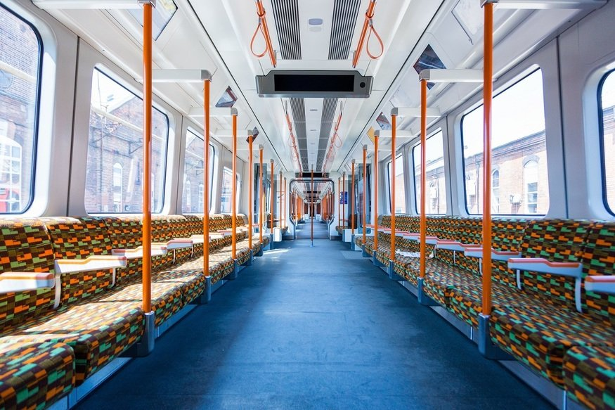 New-look Overground trains are coming... with Wifi and USB charge points https://t.co/VVUtTRjSDC