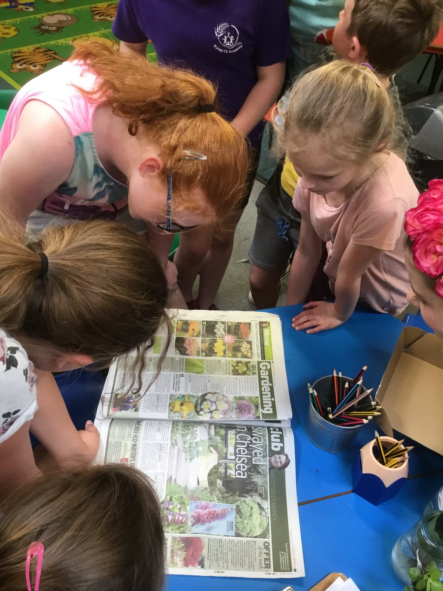 Read about the Eco Warriors at @Ryhall_Academy who are keen to show other schools how to be green! They were even featured in the Sunday Mirror last month! #Schoolactivities #OutdoorLearning #Garden  @daviddomoney @DailyMirror   http://bit.ly/2t9xhhQpic.twitter.com/72YXA60HZw
