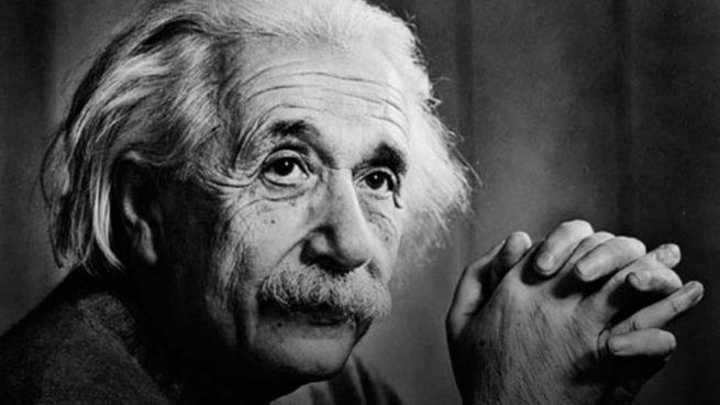 En el #DiaMundialDelRefugiado recordamos que hay 68 millones de personas desplazadas en el mundo.  Queremos recordar hoy también a los científicos refugiados.  Albert Einstein probablemente ha sido el más conocido. https://t.co/5LymGNpTOn