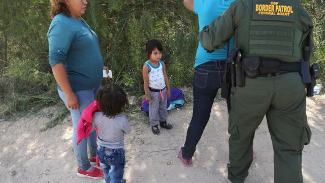 JUST IN: Detained immigrant children as young as 3 months old arriving in Michigan https://t.co/OL3SV5Rc8J https://t.co/2qUM9bibJM