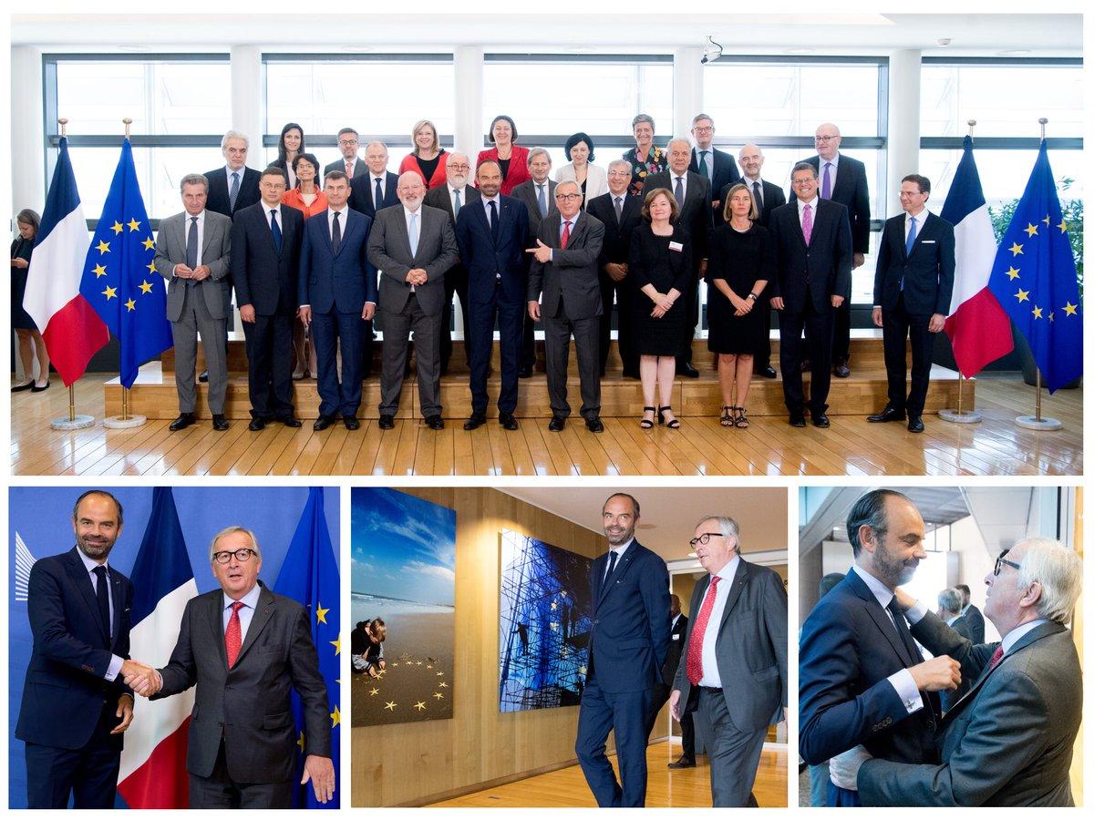 #TeamJunckerEU et Président @JunckerEU accueillent le Premier Ministre @EPhilippe_LH à la Commission européenne. La#France  est de retour, fermement sur la voie de réformes, acteur majeur d'une#Europe  efficace et solidaire.