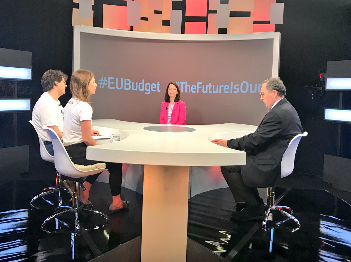 Watch NOW 🎥 m.facebook.com/europeaid/vide… and send us your questions #EUBudget #TheFutureIsOurs