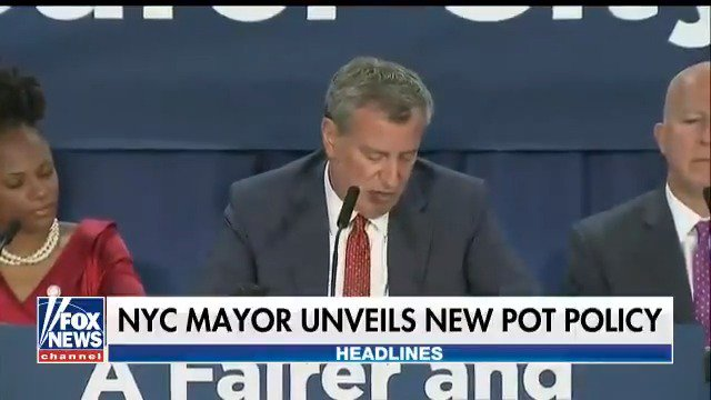 NYC Mayor De Blasio announces new pot policy https://t.co/jxf14SQR8E