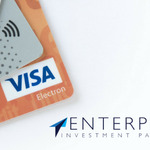 Do you take card? 5.6 billion #contactless #payment card transactions were made in 2017, increasing by almost 100%. It seems like cash is no longer king! Find out why:  https://t.co/9hQ64NhUvP
