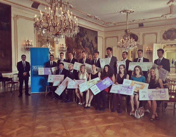 Dnes byly vprostorech Buquoyského paláce slavnostně předány vědecké ceny udělované Ve...