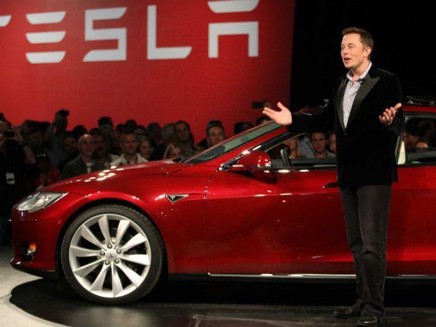 Elon Musk diz que funcionário da Tesla tentou sabotar a produção do Model 3  https://t.co/wnA8FBOYQd