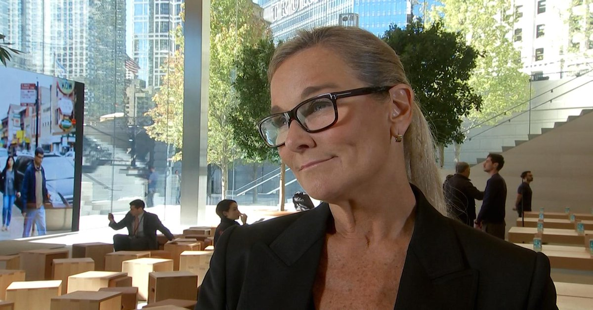 Tim Cook kept saying 'trust me': Why Angela Ahrendts left Burberry for Apple https://t.co/WUK3Yi0NYk