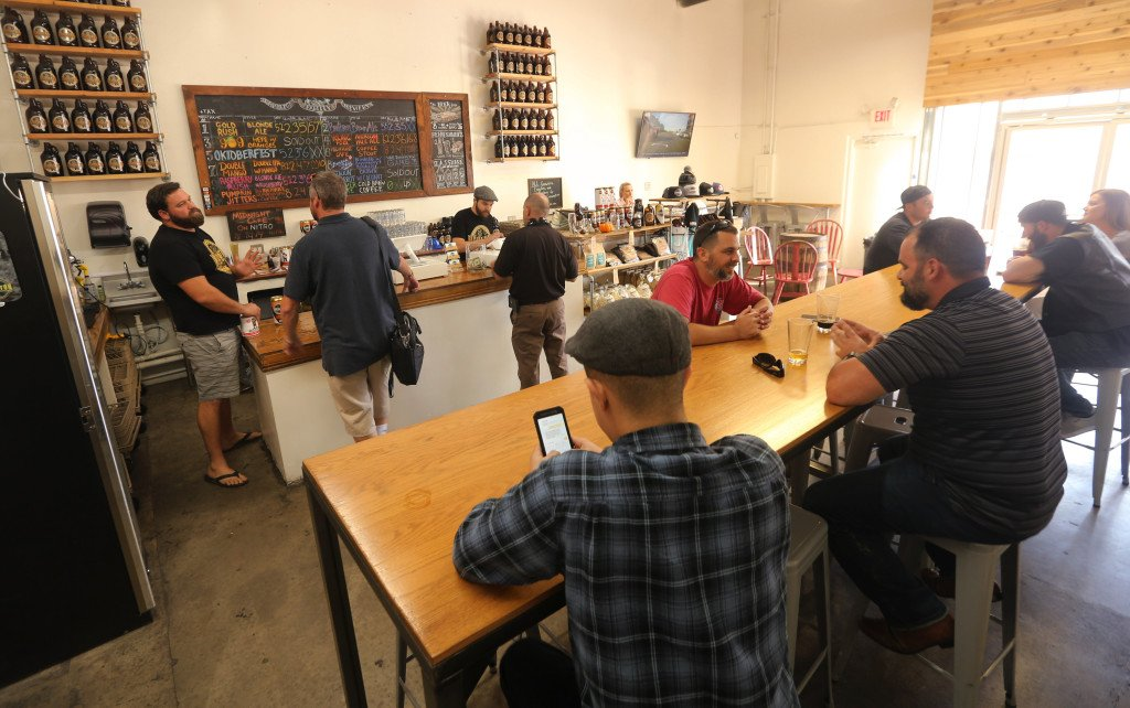 Dine 909: Food, beer and wine events are ramping up now that summer's here https://t.co/8ZYRFBz2WK