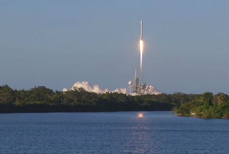 NEXT ROCKET LAUNCH: @SpaceX next Falcon 9 rocket launch is set for Friday, June 29 at 5:42 am from Cape Canaveral Air Force Station. Launch Schedule: https://t.co/5SEfHqKyKe