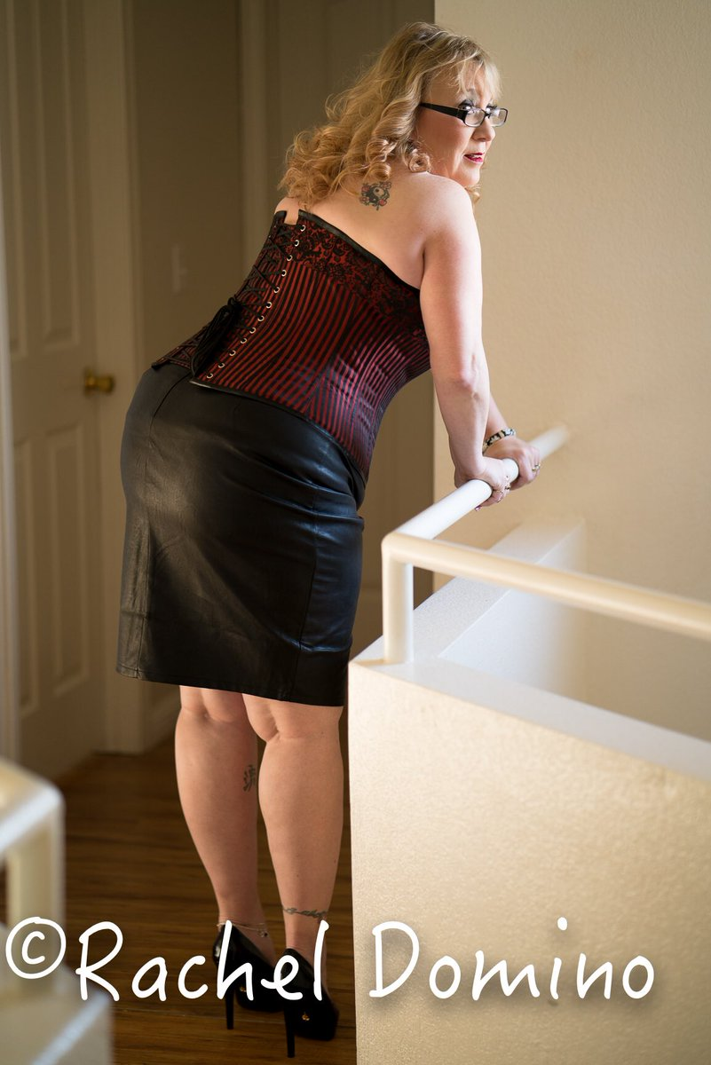 #assWednesday everyone!!! Have a great day!! I'm headed to Vegas!!! <br>http://pic.twitter.com/bGFDP0A8fs