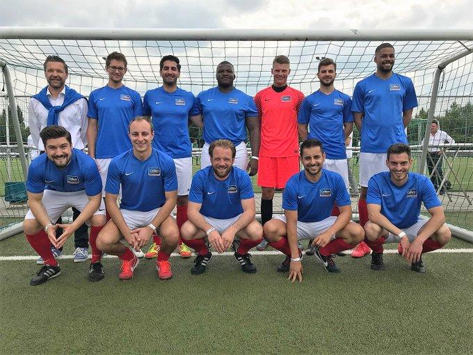 Colliers International beim Soccer Cup in #Frankfurt<br>Vielen Dank @NAI_apollo für ein (wiedermal) großartiges Event.<br><br>Noch viel großartiger: Der gesamte Erlös geht an den brotZeit e.V., der dafür sorgt, dass Schulkinder ein ordentliches Frühstück bekommen.  t.co/bhJBszu0EF