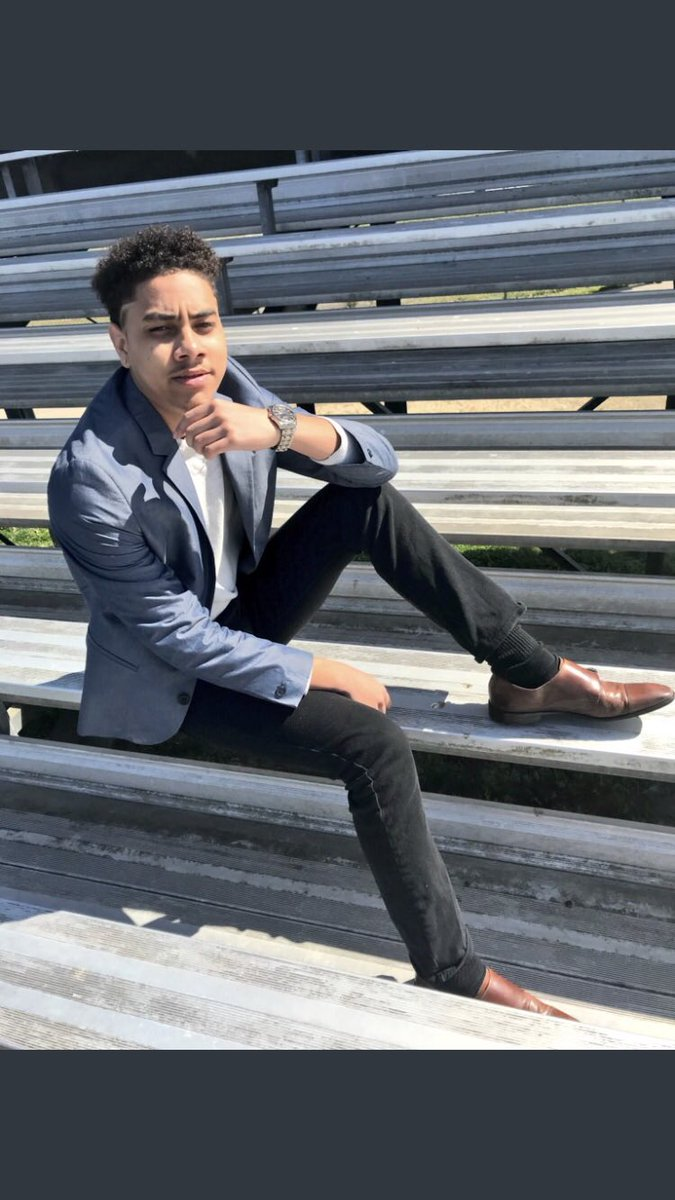 """#WhosWhoAtUMES - Jose Garcia """"Chico"""" - Junior Class UMES20 - Mister Sophomore 2017-2018 - Electrical Engineering Technology major - Student leader - Student Activist - UMES RT, MOD - Led three rallies on campus  - Created project connections mentoring program  - Friendly! <br>http://pic.twitter.com/KpirLYItQ1"""